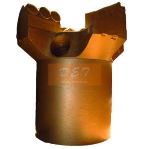 Алмазный бур 4 лопасти Д125 и 132мм