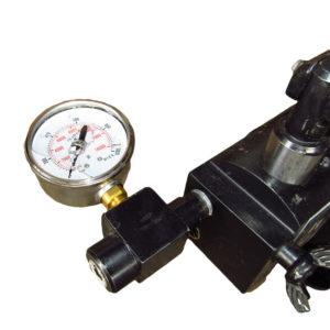 Насос ручной гидравлический с манометром